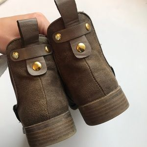 Shoes - Perfect Brown Booties
